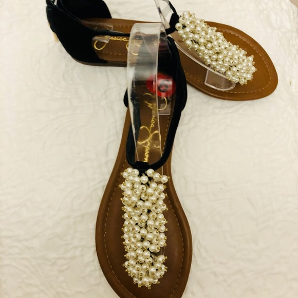 NWT Jessica S. Sandals Pearls embellished Size 6